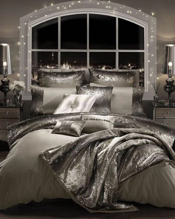 HorizenSel Glam Classic Bedroom Designs